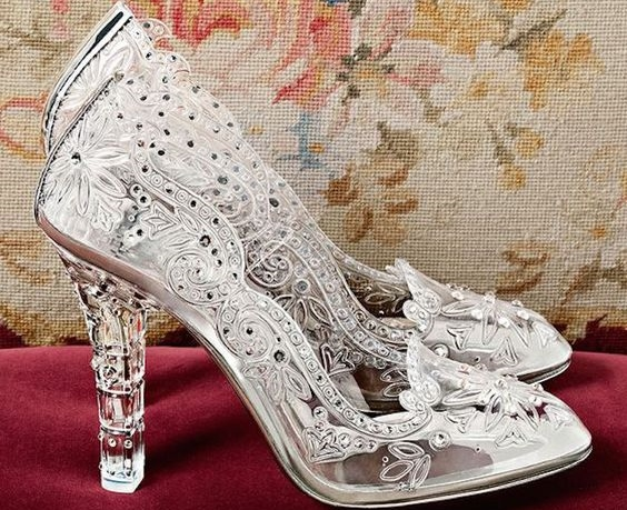 9220d5cd8a1be3 Cinderella Inspired Wedding Shoes